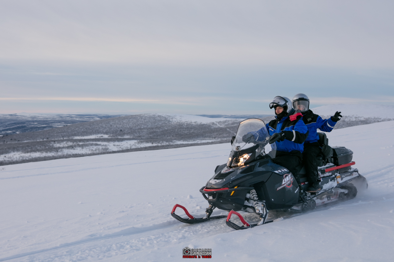 Tour motoslitta in Lapponia: extreme snowmobile tour