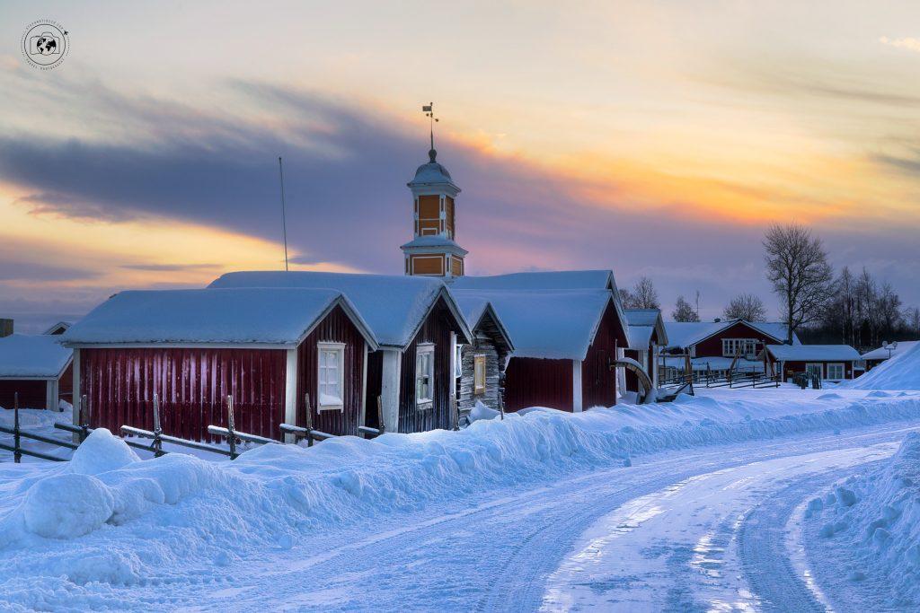Kukkolaforsen-villaggio-prospettiva-post