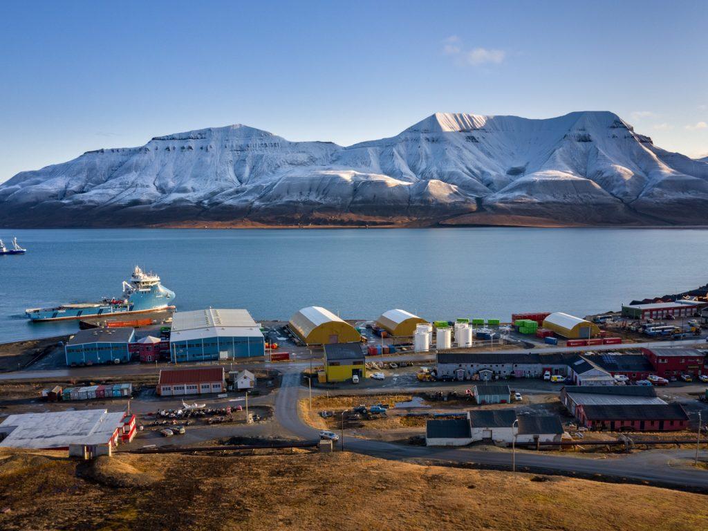 Svalbard_Spitsbergen_Longyearbyen (2)